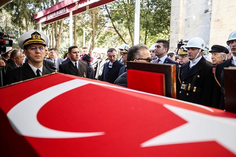 Emekli Komutan Vural Bayazit Beykoz'da defnedildi