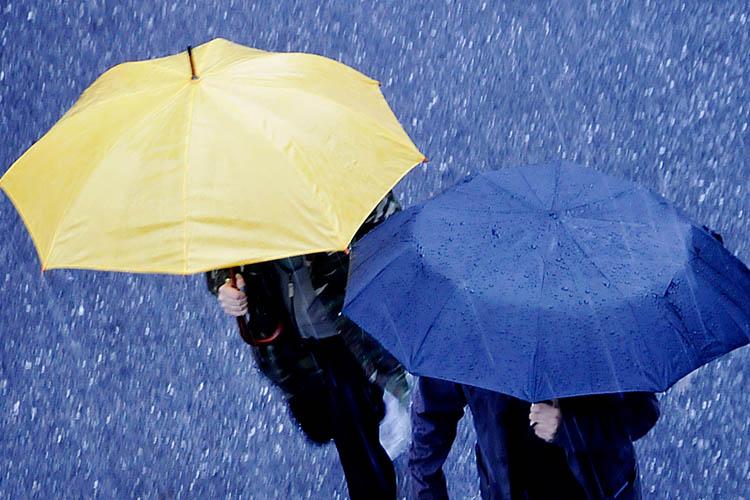 Beykoz'da yağmurlu bir gece