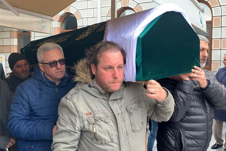 Boğaz Komutanı, annesini Beykoz'da toprağa verdi