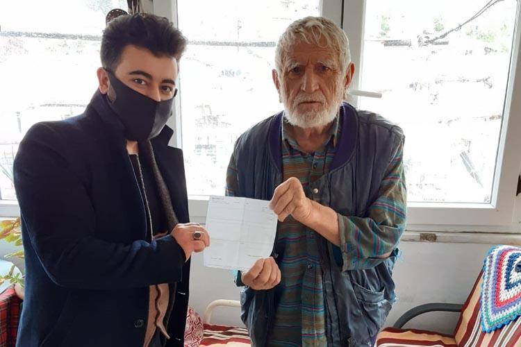 Beykoz'un emekli sağlıkçısından Türkiye'me 1000 TL