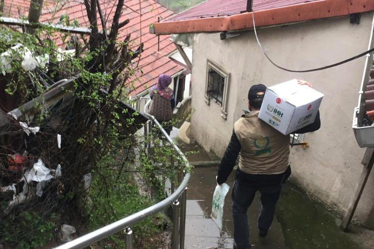 İHH İnsani Yardım Vakfı Beykoz'da zirveyi zorluyor
