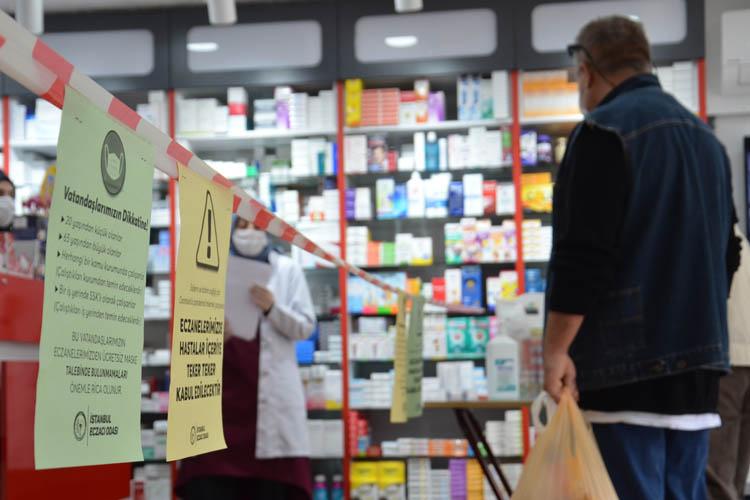 Beykoz'da 1 liraya maske satışı başladı