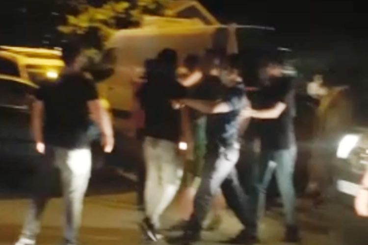 Beykoz'daki asker uğurlamada silah gerginliği