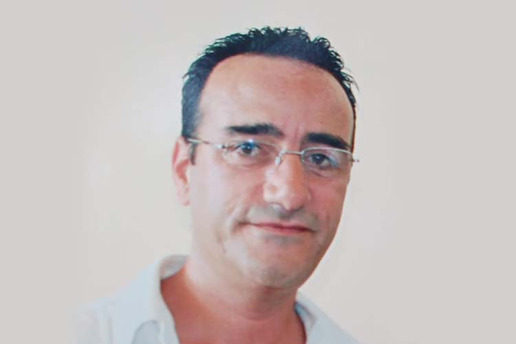 Sağlık çalışanı Beykoz'daki evinde ölü bulundu
