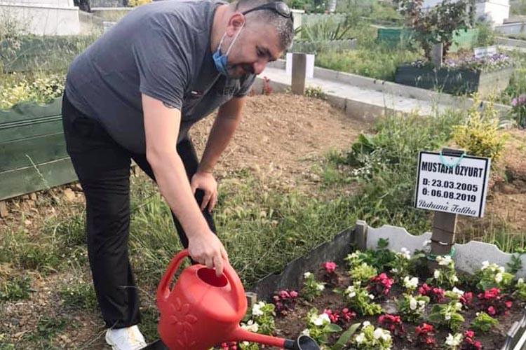 Rüzgarlıbahçespor Mustafa Özyurt'u unutmadı