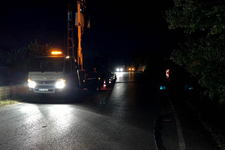 Beykoz'da gece yarısı mahalle karanlığa gömüldü