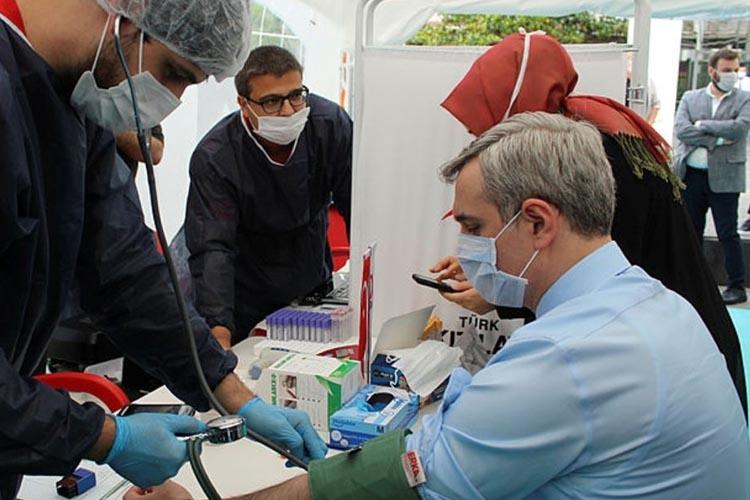 AK Parti Beykoz'da kan toplamaya başladı
