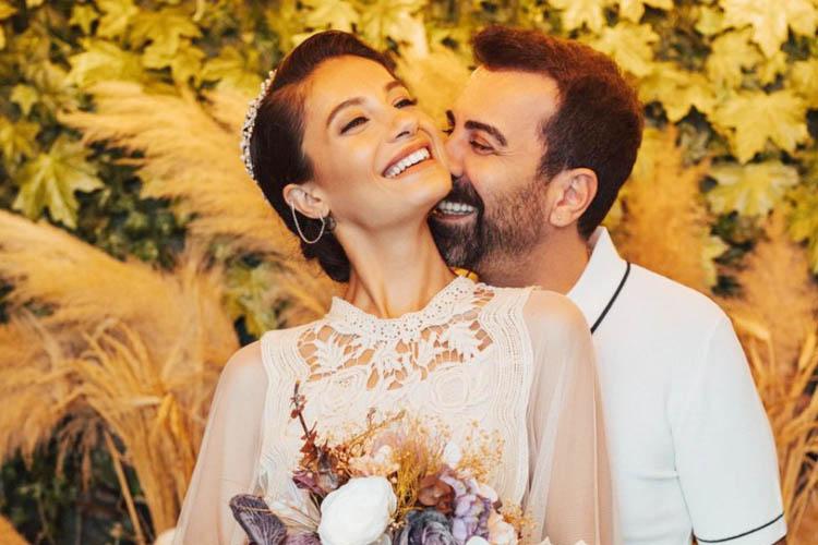 Ünlü oyuncu evlilik haberini Beykoz'dan verdi