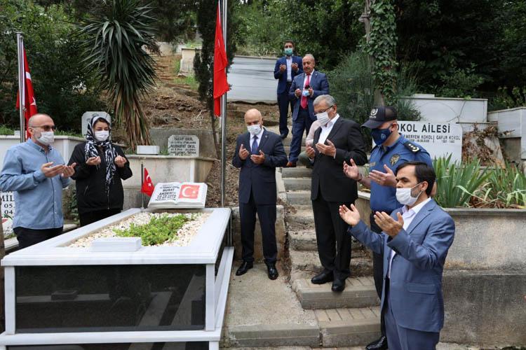 Beykoz'da 15 Temmuz şehitlerine ziyaret