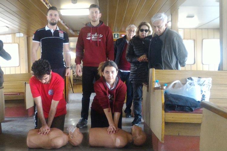 Beykoz Üniversitesinden Şehir Hatlarında ilk yardım eğitimi