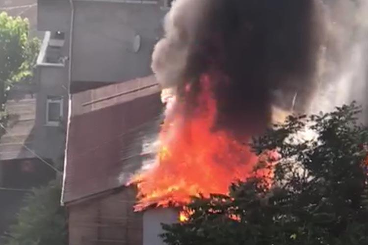 Beykoz Gümüşsuyu Mahallesinde yangın