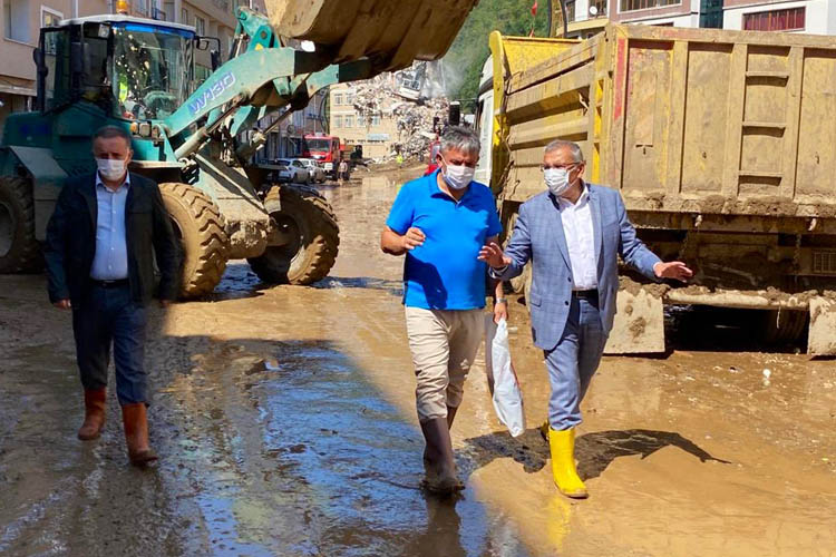Beykoz Belediye Başkanı, Giresun afet bölgesinde
