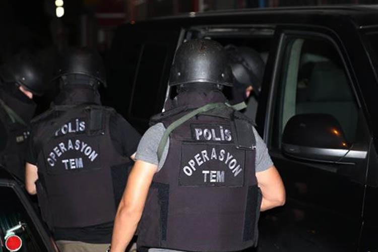 Gece yarısı Beykoz'a DEAŞ operasyonu.. 14 gözaltı