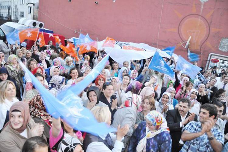 AK Parti zaferi nasıl kutladı?