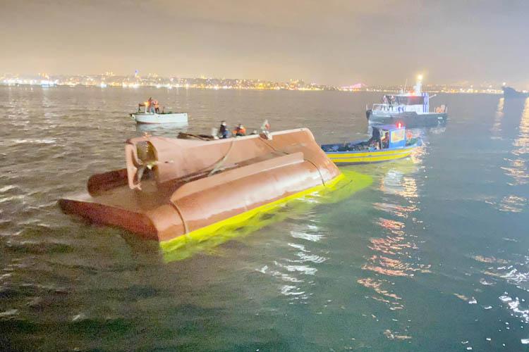 Beykozlu balıkçıların teknesi ters döndü: 2 ölü