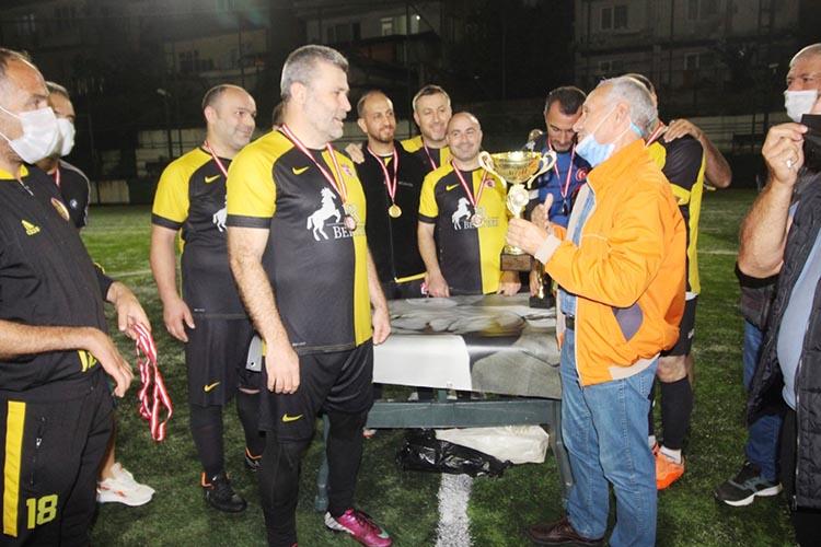 Beykoz Kelle İbrahim'in şampiyonu Esenler Yavuz Selim takımı oldu