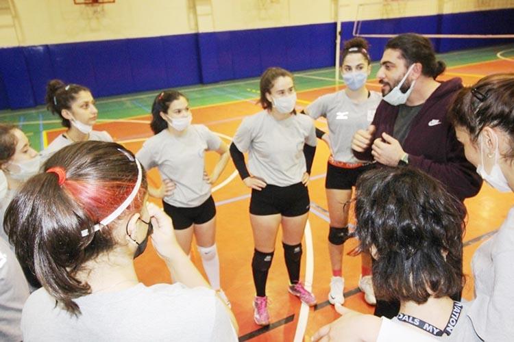 Beykoz Belediye kızları lig maçlarını heyecanla bekliyor