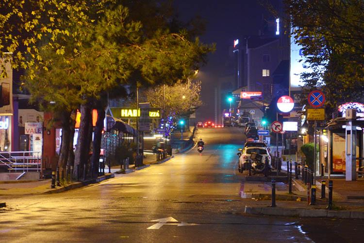 Beykoz sokakları yasak sonrası sessizliğe gömüldü