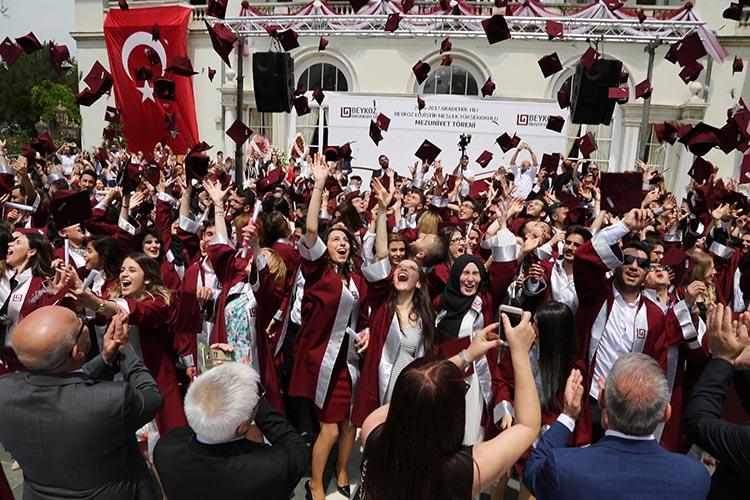 Cumhurbaşkanı Erdoğan'dan Beykoz'a rektör ataması