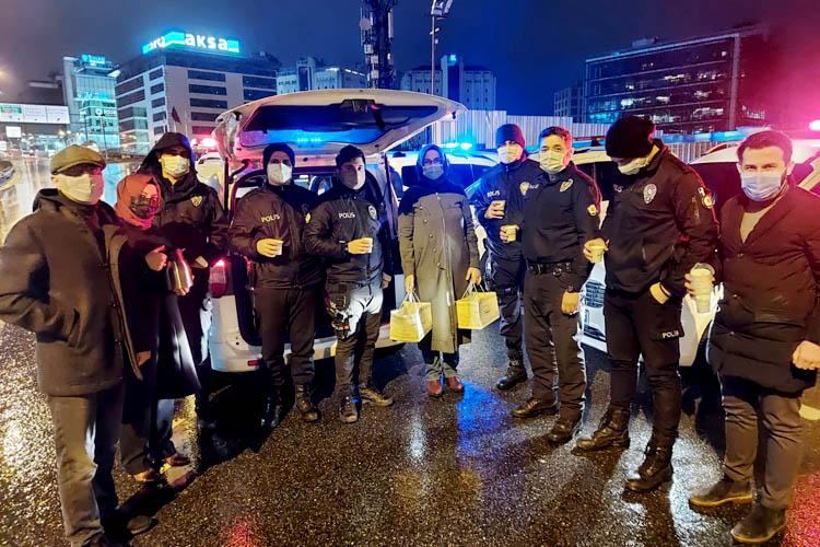 AK Parti Beykoz teşkilatından Türk polisine vefa