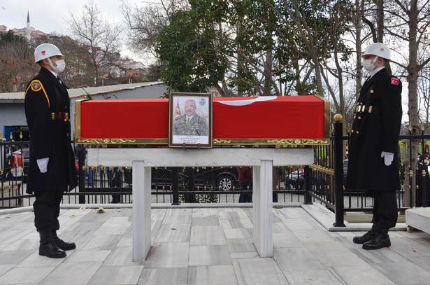 Cumhurbaşkanı Erdoğan, Erdoğan, şehit Cömert'in ailesine başsağlığı mesajı gönderdi.