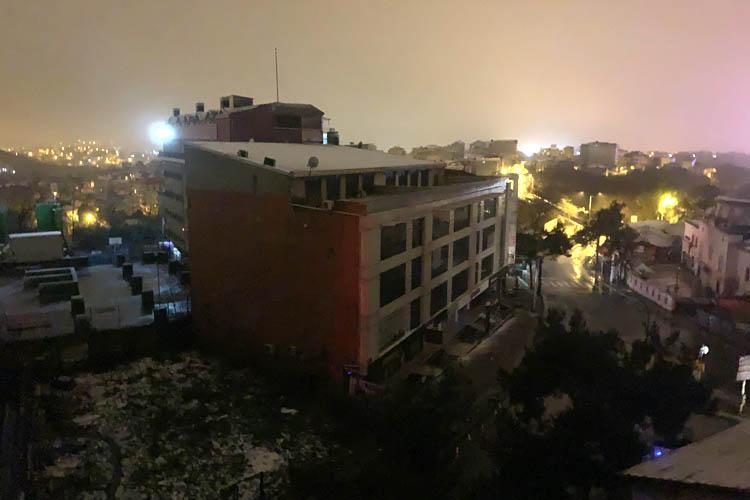 Beykoz'da sabaha karşı ansızın elektrik kesintisi