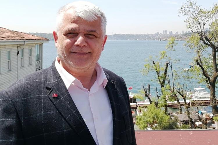 Dost Beykoz Yazarı Erdal Öztürk yine bir ilke imza attı