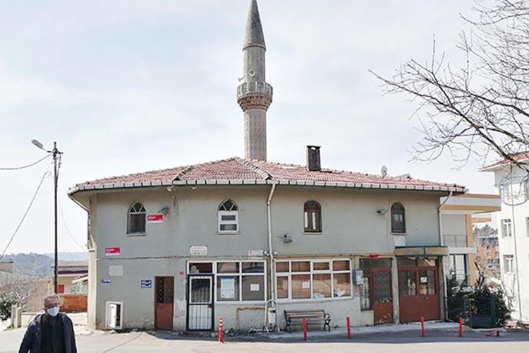 Beykoz'da vatandaşların kapalı cami sitemi