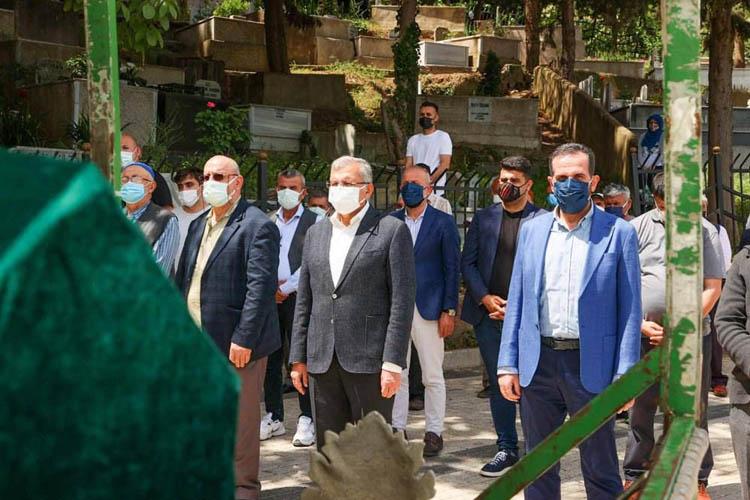Beykoz Meclis Üyesi babasını Kovid-19'dan kaybetti