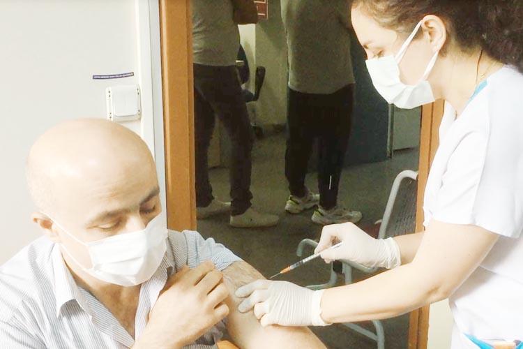 Beykoz Devlet Hastanesi'nde bir günde kaç kişi aşılanıyor?