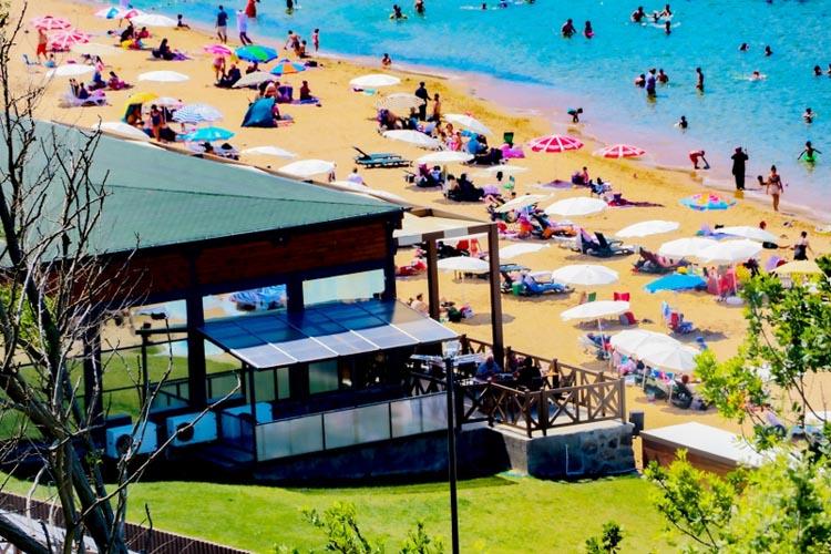 Beykoz'da plaj sezonu yeniliklerle açıldı