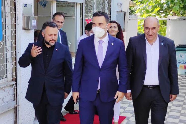 Beykoz'daki Genel Merkez'e İYİ Parti'den üst düzey ziyaret
