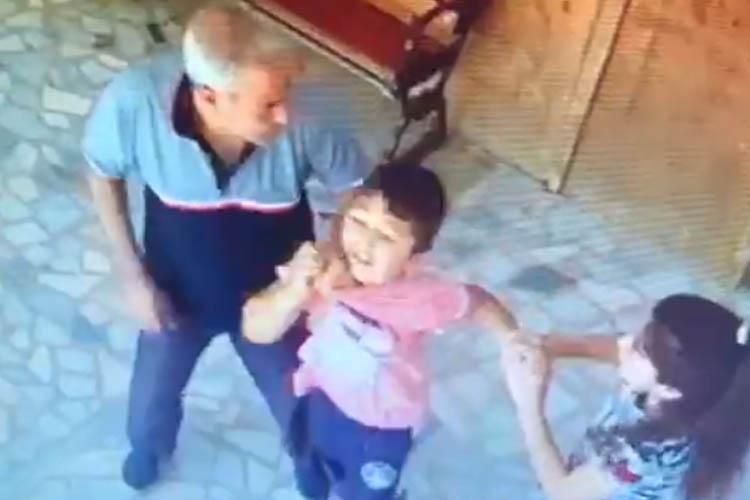 Beykoz'da Suriyelinin küçük çocuğu darp etmesi tepki çekti