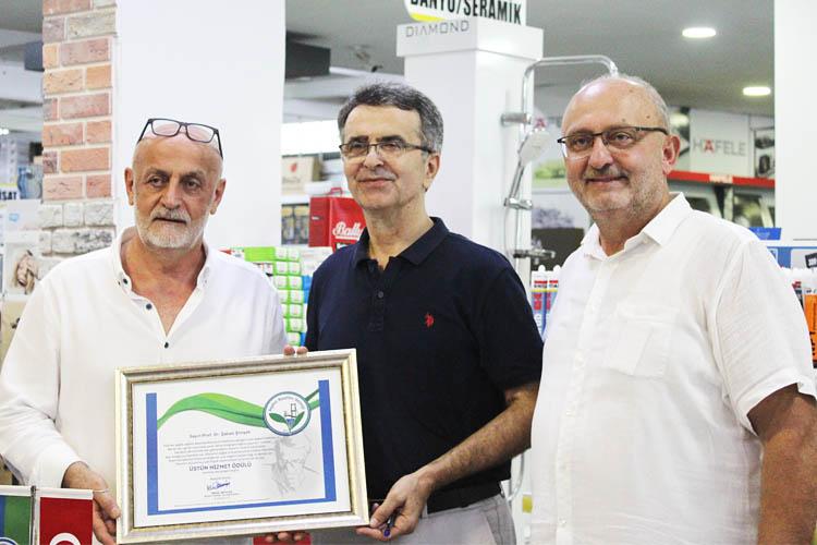 Prof. Şaban Şimşek'e Beykoz'da Üstün Hizmet Ödülü