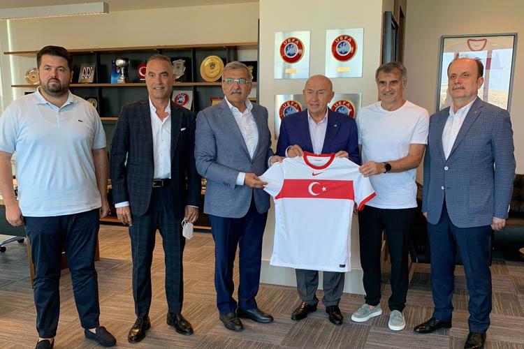 Beykoz Belediye Başkanından TFF Başkanına ziyaret