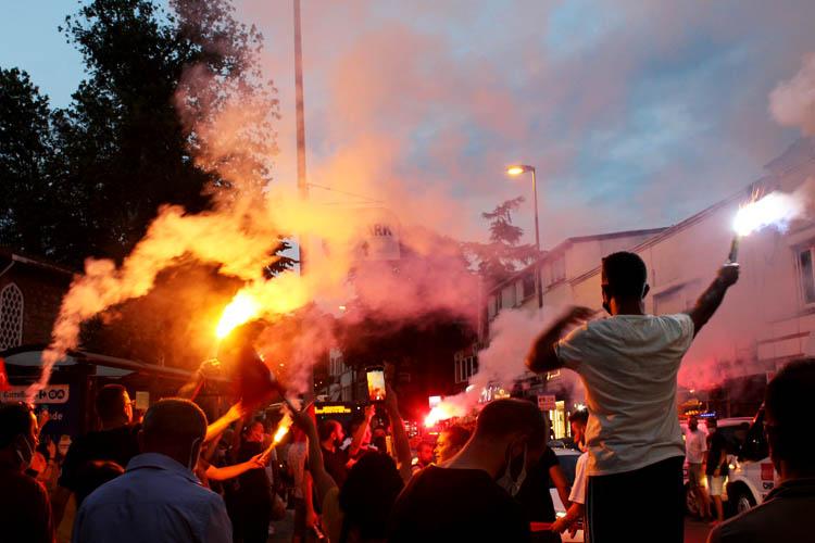 Beykoz'da Zafer Bayramı kortejle noktalandı