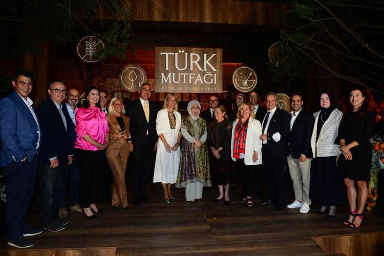 Emine Erdoğan, Beykoz'da Türk mutfağını anlattı