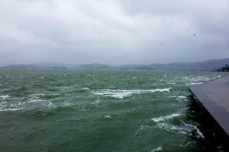 Beykoz'a peş peşe fırtına uyarısı ve yasaklar