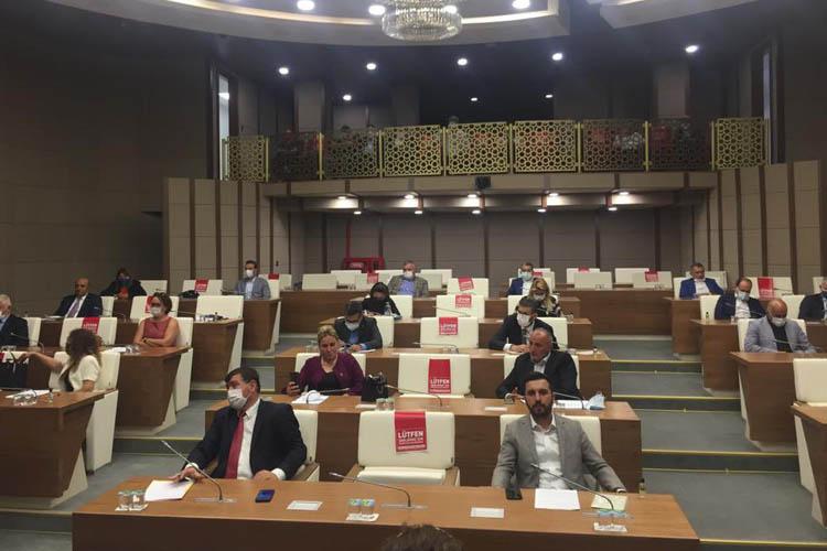Beykoz Meclisi yeni döneme tartışmalı başladı