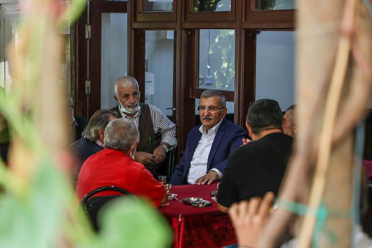 Beykoz Belediye Başkanı Paşabahçe'de nabız tuttu