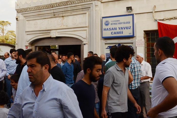 Beykoz halkı yıkılan camisini geri istiyor