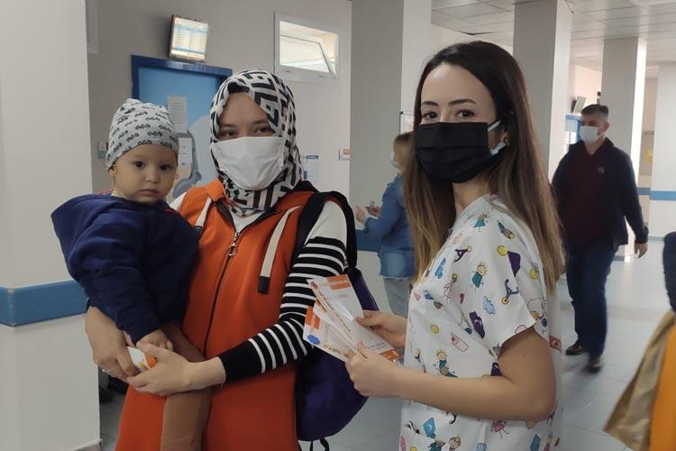 Beykoz Devlet Hastanesi'nde halk bilgilendiriliyor