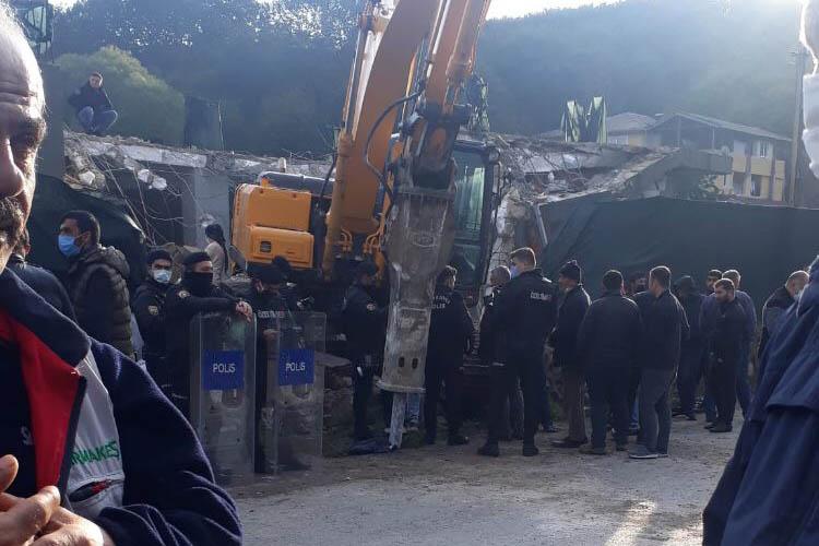 Beykoz'da bir ev daha kepçelere kurban oldu