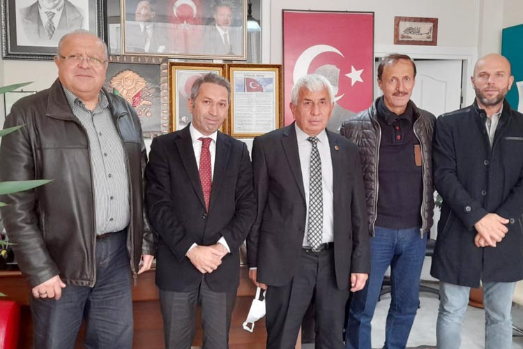 Deva Partisi Beykoz'da muhtarları unutmadı